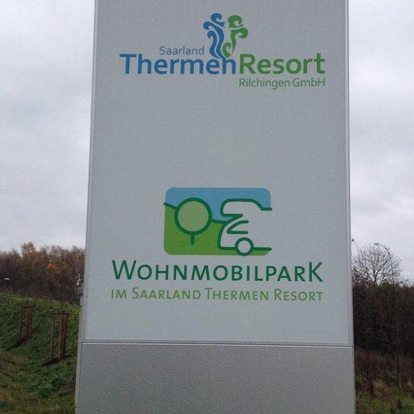 WoMoPark Schild