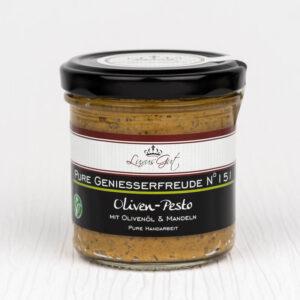 Veganes Oliven-Pesto mit Olivenoel und Mandeln